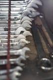 Nahaufnahme von den Eisenschlüsseln eingestellt Stockfoto