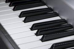 Nahaufnahme von E-Piano-Schlüsseln lizenzfreies stockfoto
