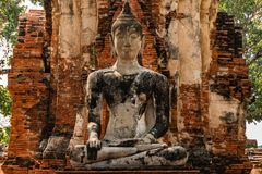 Nahaufnahme von einem Buddha in ruiniertem Tempel Ayutthaya Thailand Lizenzfreies Stockbild