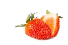 Nahaufnahme von geschnittenen frischen saftigen organischen Erdbeeren Stockfotos