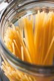 Nahaufnahme von italienischen Spaghettis stockbild