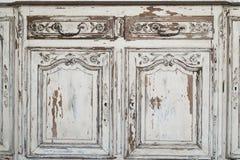 Nahaufnahme von Kommode-Büromöbeln des Schlüssellochs alten weißen mit Farbe zog weg ab Lizenzfreies Stockbild