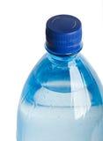 Nahaufnahme von Plastikbootle mit Wasser stockbilder