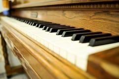 Nahaufnahme von Schlüsseln eines Klaviers Lizenzfreie Stockbilder