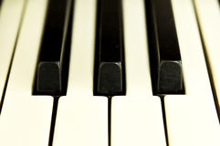 Nahaufnahme von Schlüsseln eines Klaviers Lizenzfreies Stockfoto