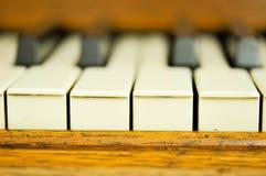 Nahaufnahme von Schlüsseln eines Klaviers Lizenzfreie Stockfotografie