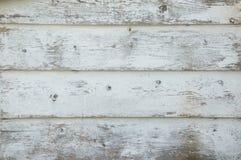 Nahaufnahme von Schmutzweiß malte Bretter, die und w beunruhigt werden lizenzfreie stockfotos