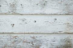 Nahaufnahme von Schmutzweiß malte Bretter, die und w beunruhigt werden stockfotos