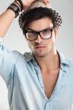Nahaufnahme von tragenden Gläsern eines Mannes Lizenzfreie Stockfotos