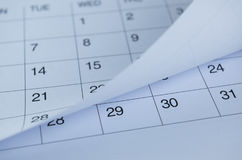 Nahaufnahme von Zahlen auf Kalenderseite Lizenzfreie Stockfotografie