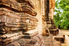 Nahaufnahmeansicht der Maurerarbeit Tempels Prasat Kravan in Kambodscha Stockbild