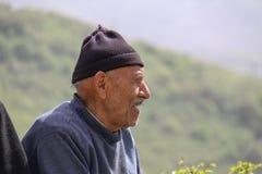 Nahaufnahmebild eines glücklichen ländlichen Mannes, der Iran, Gilan lizenzfreie stockfotos
