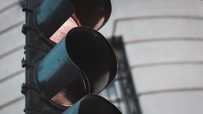 Nahaufnahmebild eines Straßenroten lichts Stockbild