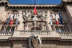 Nahaufnahmefassade des Hotels de Ville de Marseille. Stockbild