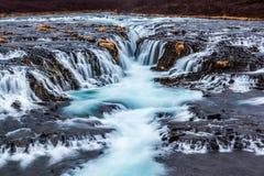Nahaufnahmekaskade bruarfoss Wasserfall, Island Lizenzfreies Stockbild
