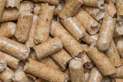 Nahaufnahmemakrofüller für Katzenhaustier-Haustiertoilette Gepresstes hölzernes sauberes Sägemehl egology, kein Geruch für das Ha stockbilder
