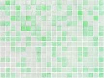 Nahaufnahmeoberflächenfliesenmuster an den grünen Fliesen im Badezimmerwand-Beschaffenheitshintergrund lizenzfreie stockfotos