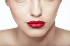 Nahaufnahmeporträt des sexy kaukasischen jungen Modells Lizenzfreies Stockbild