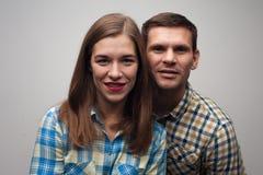 Nahaufnahmeporträt von Mitte gealterten Paaren lizenzfreie stockfotos