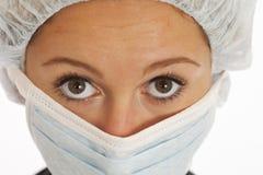 Nahaufnahmeportrait der Krankenschwester der jungen Frau Stockbild