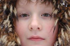 Nahaufnahmeportrait des jungen Jungen Lizenzfreies Stockbild
