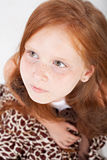 Nahaufnahmeportrait des kleinen Mädchens stockfotografie