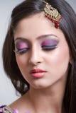 Nahaufnahmeportrait einer schönen indischen Braut Lizenzfreie Stockfotos