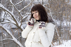 Nahaufnahmeportrait eines netten Mädchens Lizenzfreie Stockfotografie
