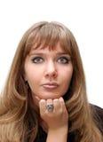 Nahaufnahmeportrait eines schönen Mädchens Lizenzfreie Stockfotografie