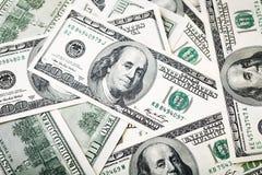 Nahaufnahmeschüsse in der Makrolinse von hundert Dollar Banknote Lizenzfreies Stockfoto