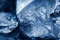 Nahaufnahmestücke Eis Stockfotografie