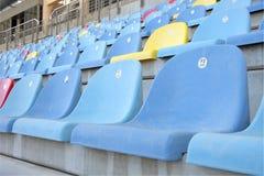 Nahe Ansicht der Sitze in der Haupthaupttribüne von BIC Stockfotografie