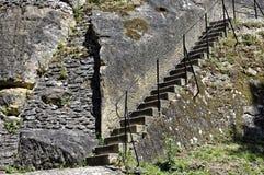Nahe Ansicht von Schritten auf dem Felsen Stockfotografie