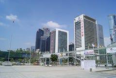 Nahe bei der Shenzhen-Versammlungs-und -ausstellungs-Mittegebäudelandschaft in China Stockfotografie