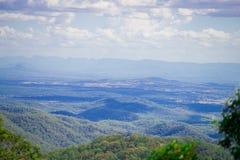 Nahe gelegene Brisbane Stadt Australier-Mountain Views in Queensland, Australien Australien ist ein Kontinent, der im Südteil von stockfotografie