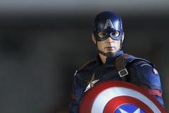 Naher hoher Schuss von Kapitän America, Bürgerkrieg superheros Zahl stockfotos