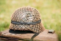 Naher Metallsturzhelm des Infanterie-Soldaten Of Wehrmacht, Nazi German stockfoto