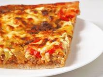 Nahes hohes der Pizza lizenzfreies stockbild
