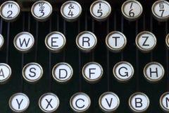 Nahes hohes der Schreibmaschine stockfotos