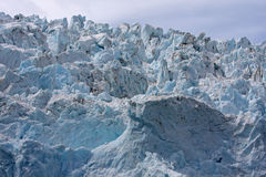 Nahes hohes des Gletschers Lizenzfreie Stockfotografie