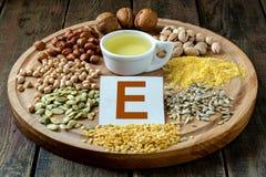 Nahrungsmittel mit Vitamin E Stockfotos
