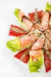 Nahrungsmittellachssardellensalat Lizenzfreie Stockbilder