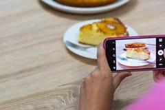 Nahrungsmittelphotographie eines gebackenen Kuchens stockfoto
