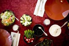 Nahrungsmitteltabelle lizenzfreies stockfoto