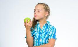 Nahrungsvitamininhalt des Apfels Vitaminnahrungskonzept Gute Nahrung ist zur guten Gesundheit wesentlich Finden Sie heraus stockbild