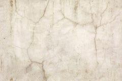 Nahtlose alte Betonmauer mit großen Sprüngen Lizenzfreie Stockfotos