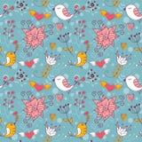Nahtlose Beschaffenheit der Liebe mit Blumen und Vögeln Lizenzfreies Stockfoto