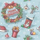 Nahtlose Beschaffenheit für Weihnachten und Neujahrsfeiertage mit dem Bild von Spielwaren, Kranz, Sockenschneeflocken Lizenzfreies Stockfoto