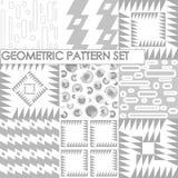 Nahtlose geometrische Muster Flach graue und weiße Beschaffenheit Lizenzfreies Stockfoto