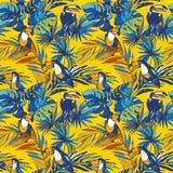 Nahtlose gezeichnete tropische Palmblätter der Mustertinte Hand, Tukanvögel Stockfotos